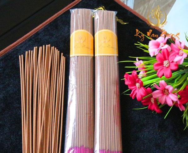 Nhang trầm hương 40cm - Tài lộc nhị phẩm