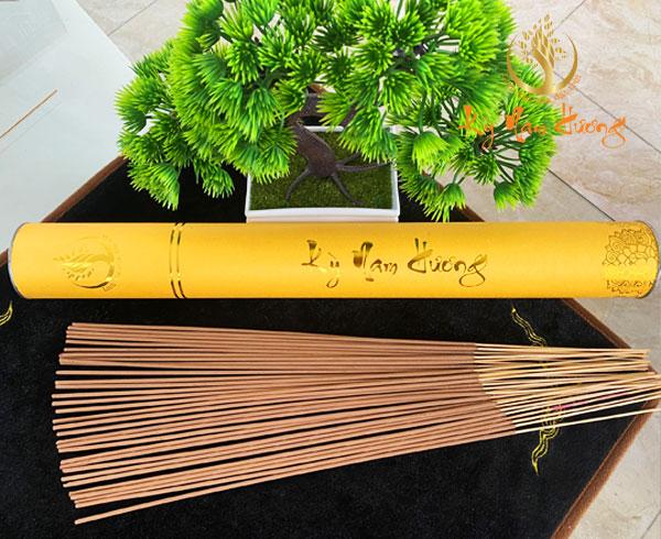 Nhang trầm hương - Cung Đình (40cm)