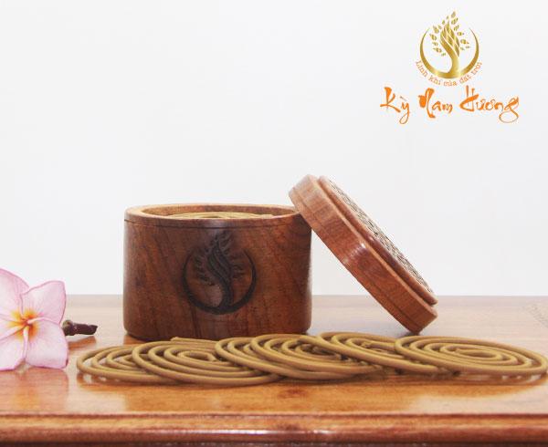 Trầm hương khoanh - Cung đình