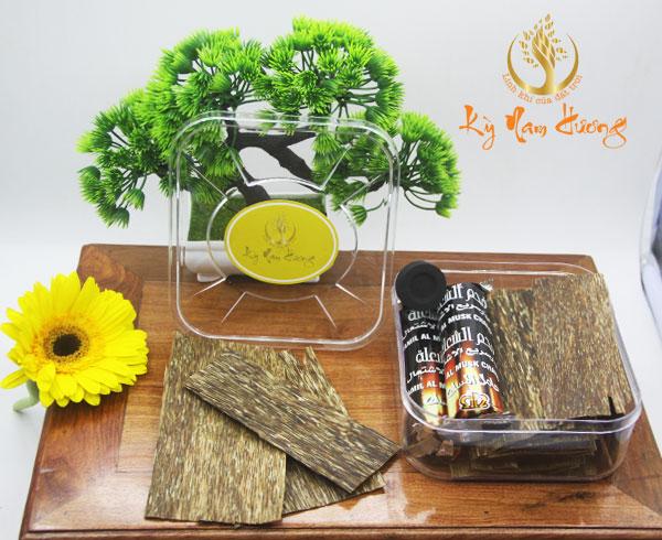 Trầm hương miếng - Tài Lộc nhị phẩm