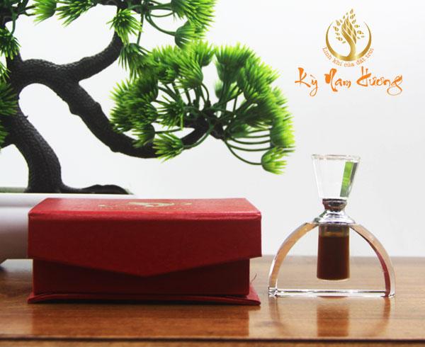 Tinh dầu trầm hương - Cung đình